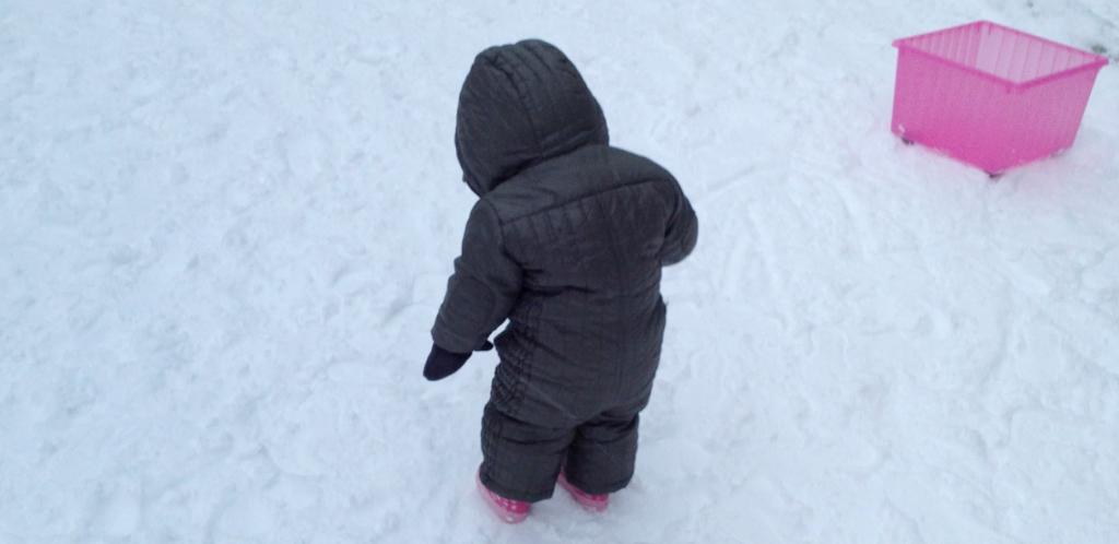 neige et bébé